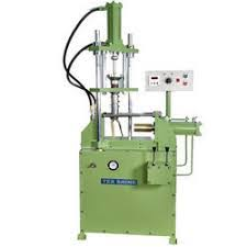 hydraulic injection molding